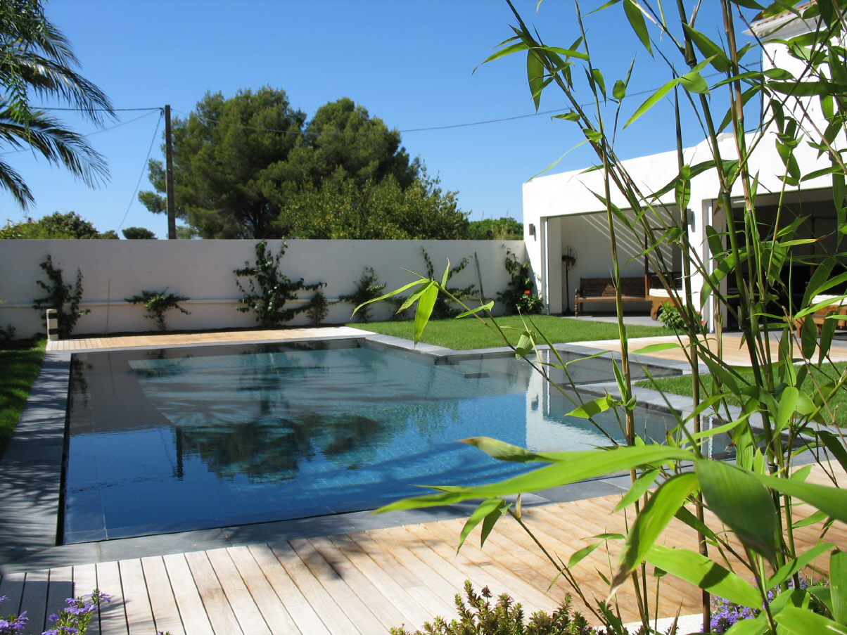Beautiful jardin et piscine design pictures for Design piscine